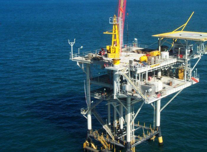 Рис. 2. Добыча газа в Баренцевом море
