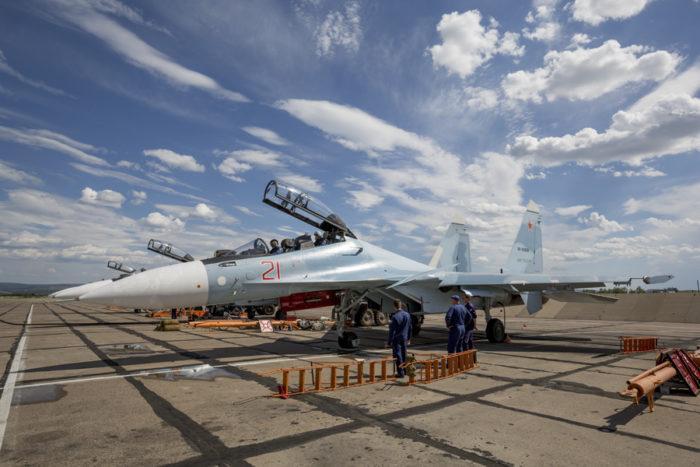 Рис. 4. Истребители Су-30СМ