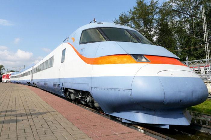 Рис. 5. Поезд «Сокол-250»