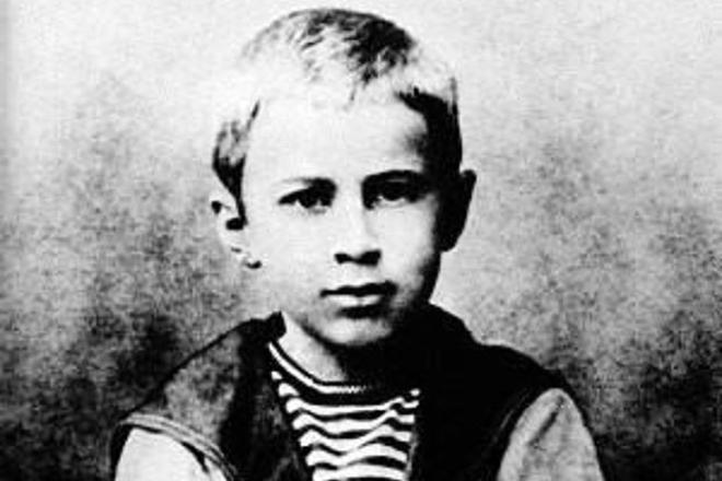 Рис. 1. Сергей Прокофьев в детстве