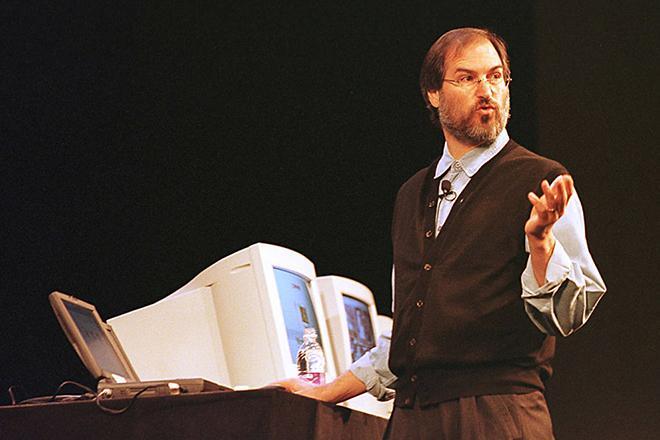 Рис. 7. Стив Джобс возвращается в Apple