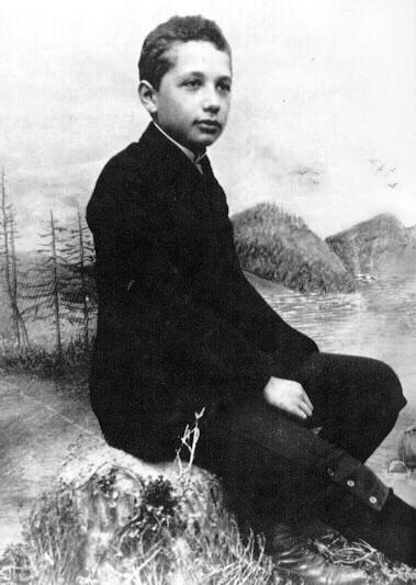 Рис. 2. Альберт Эйнштейн в 14 лет