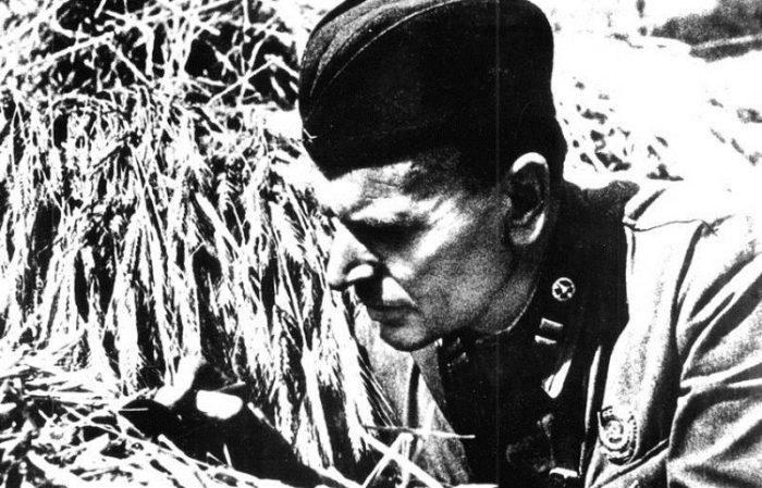 Рис. 3. К. Г. Паустовский на Южном фронте. 1941 год