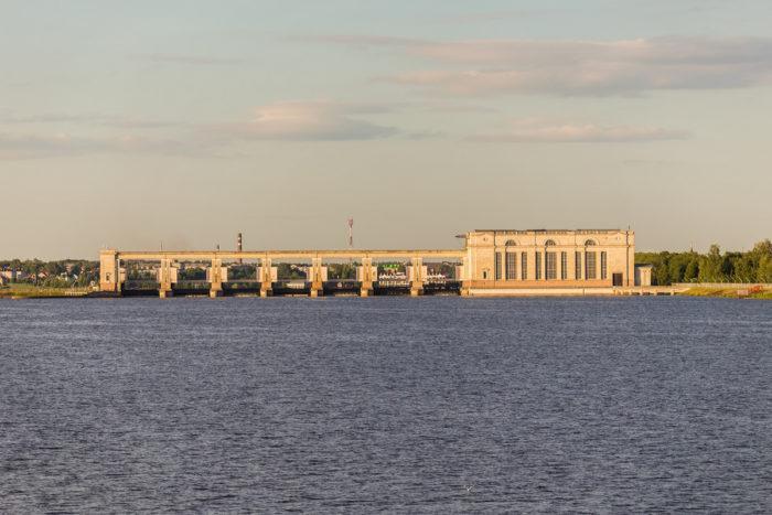 Рис. 3. Угличская ГЭС