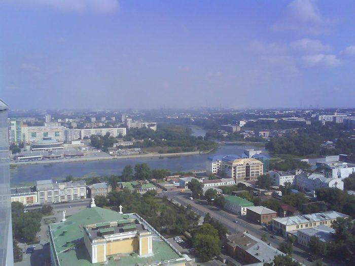Рис. 3. Челябинск расположен на обоих берегах реки Миасс