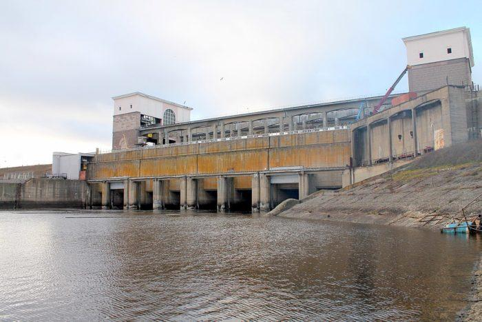Рис. 5. Рыбинская ГЭС