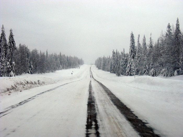 Рис. 6. Зимняя дорога в Пермском крае