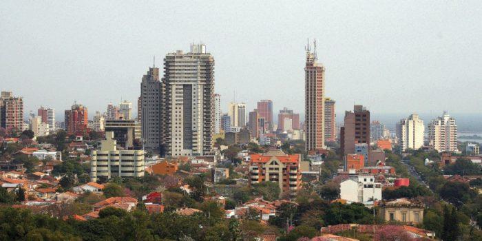 Рис. 8. Асунсьон - столица Парагвая