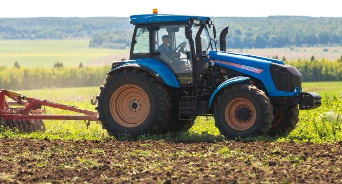 Рис. 2. «Агромаш» - крупный тракторный бренд, входящий в состав концерна «Тракторные заводы»