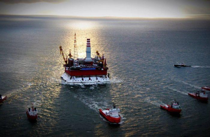 Рис. 5. Добыча нефти на шельфе Балтийского моря