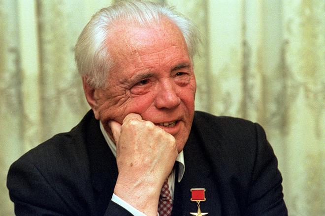 Рис. 3. Писатель Виктор Астафьев